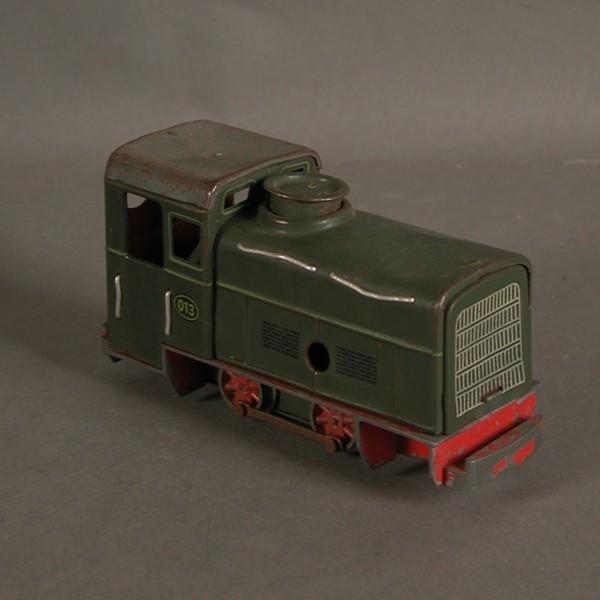 Bing. Tin train line. 1940...