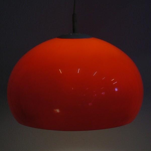 Vintage. Orangene Plasik...
