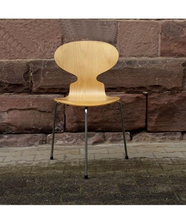 """Arne Jacobsen für Fritz Hansen. Stuhl """"Ameise"""" 1952."""