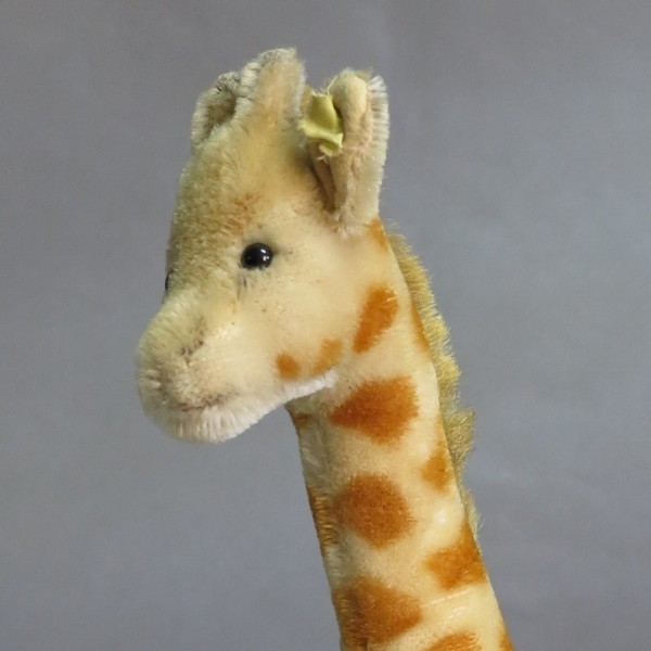 Steiff Giraffe. 1954 - 1964.