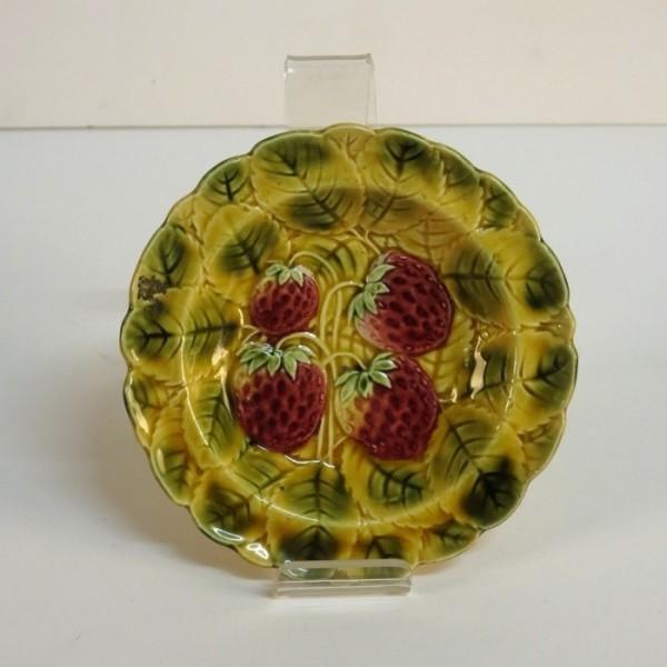 Six Art Nouveau ceramic...
