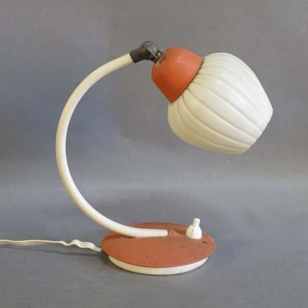 Kleine Vintage Tischlampe...