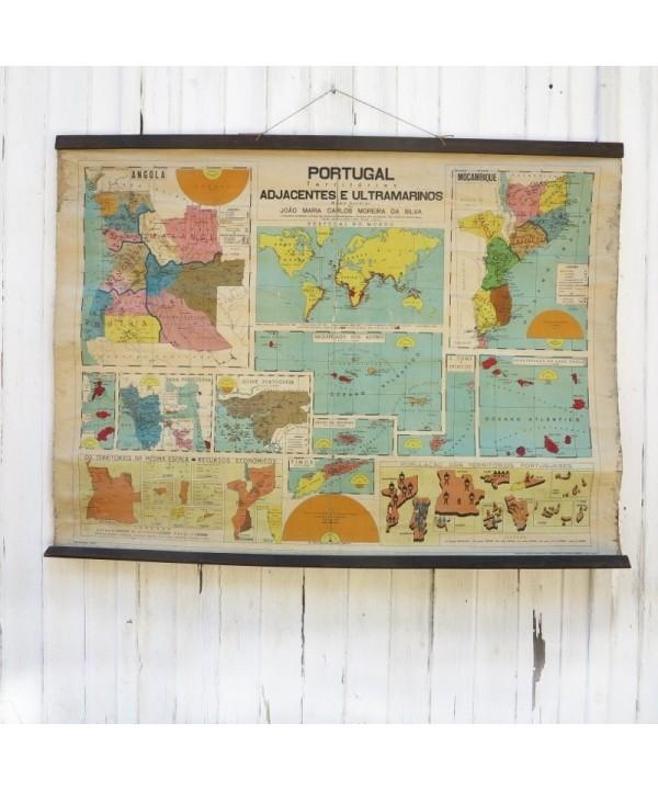 Vintage Schulkarte, Landkarte, von Portugal. 1940 - 1950