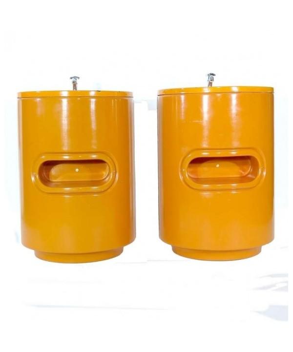 Dos lavabos vintage en color naranja. Luigi Colani 1970 - 1975.