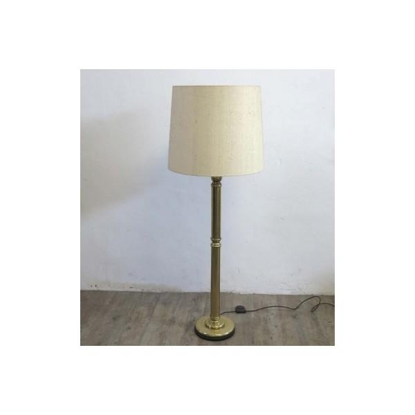 Vintage brass floor lamp....