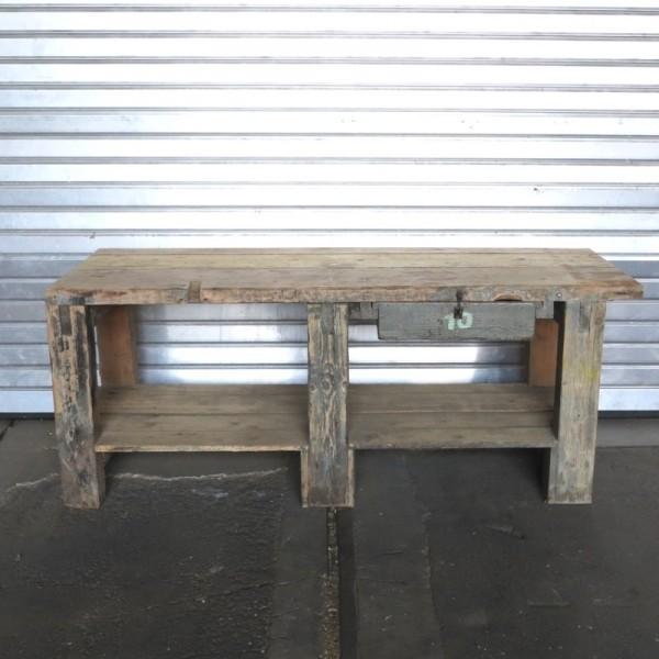 Diseño industrial. Mesa de...