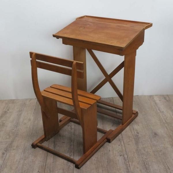 Antiguo mesa y silla de...