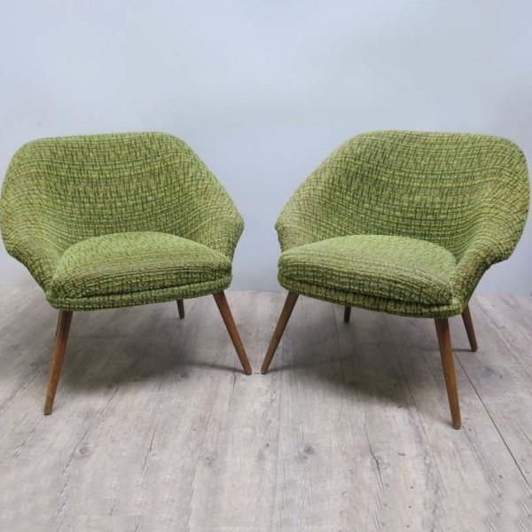 Zwei grüne Vintage Stühle....
