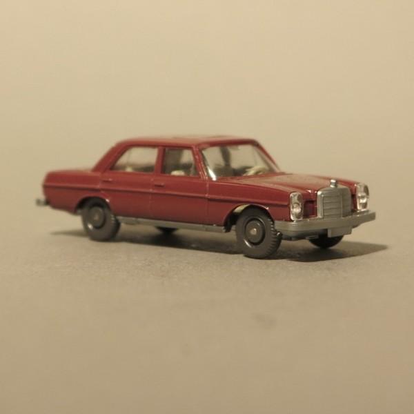 Wiking Mercedes MB 200 Rojo...